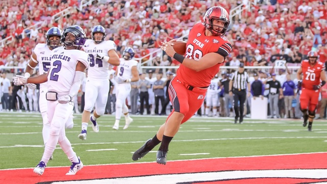 Utes Overcome Slow Start To Blow Past Weber State 41 10
