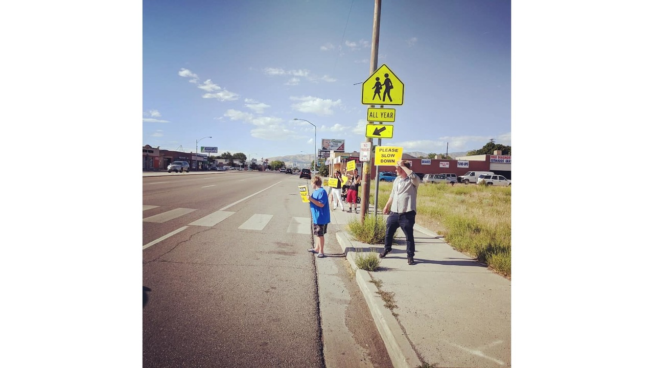 South Salt Lake council member holds 'honk & wave' to bring attention to crosswalk